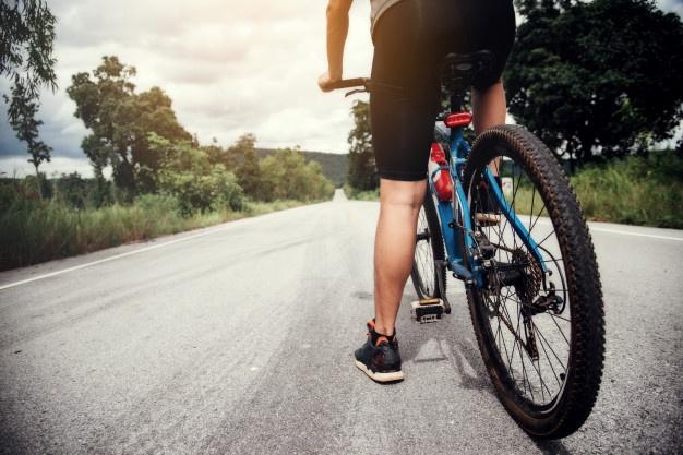cykeldele på cykel